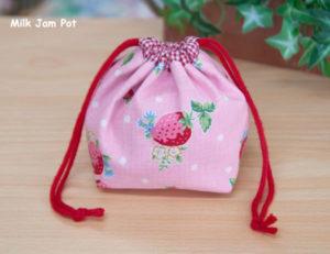 苺の巾着袋(ピンク)